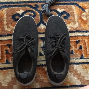 Men's size 10 wool runner allbirds